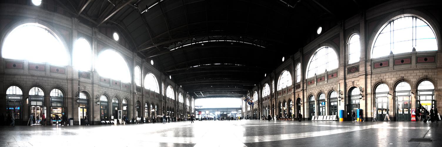 Bahnhofshalle Zürich HB
