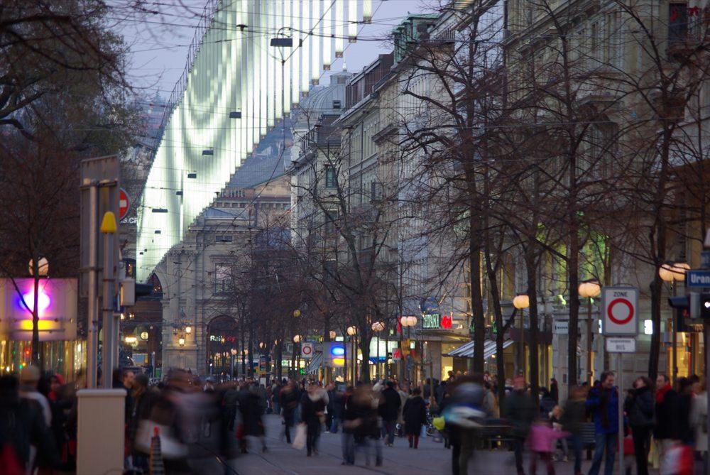 bahnhofstrasse coole weihnachtsbeleuchtung foto bild europe schweiz liechtenstein kt. Black Bedroom Furniture Sets. Home Design Ideas