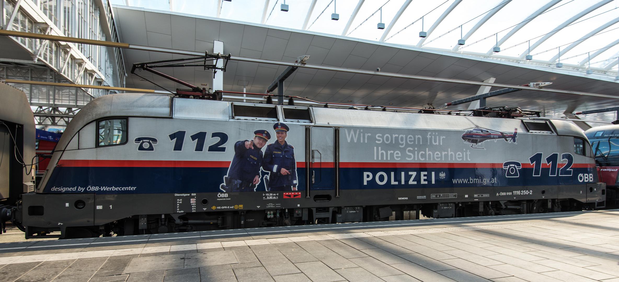 """Bahnpolizei"""
