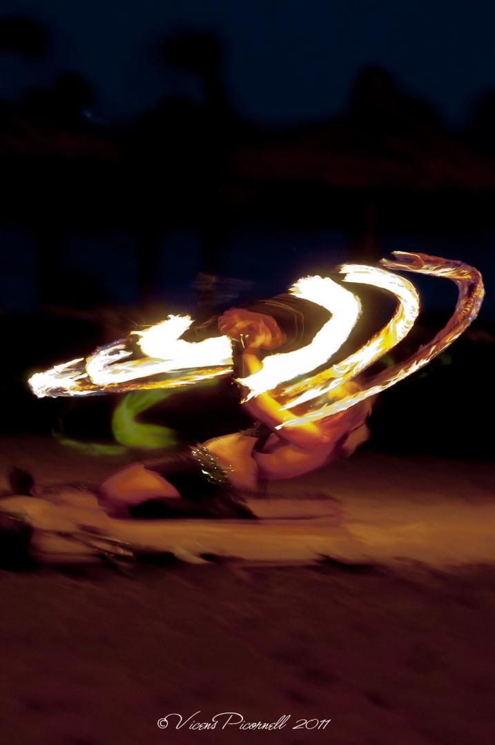 bailando con fuego2