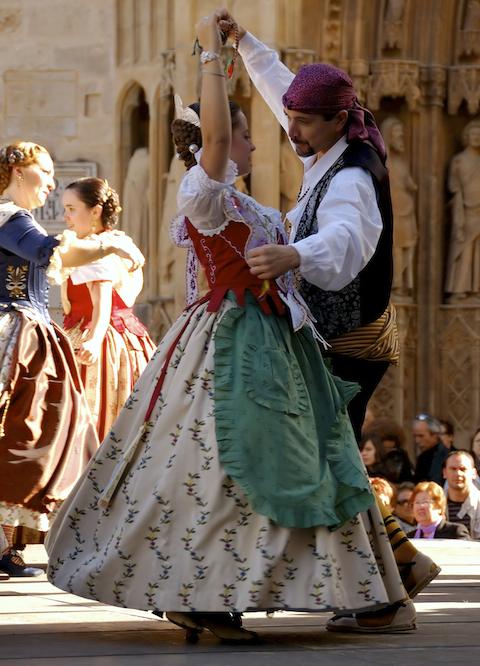 Baile típico II
