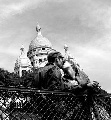 Baiser à Montmartre