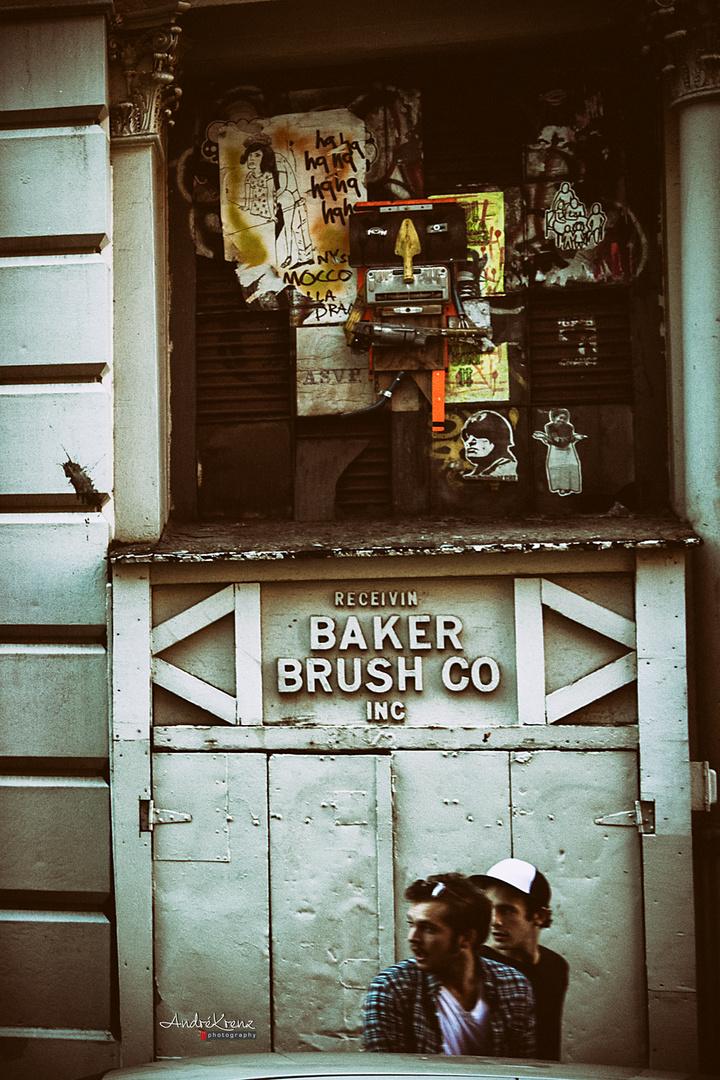 BAKER BRUSH & CO