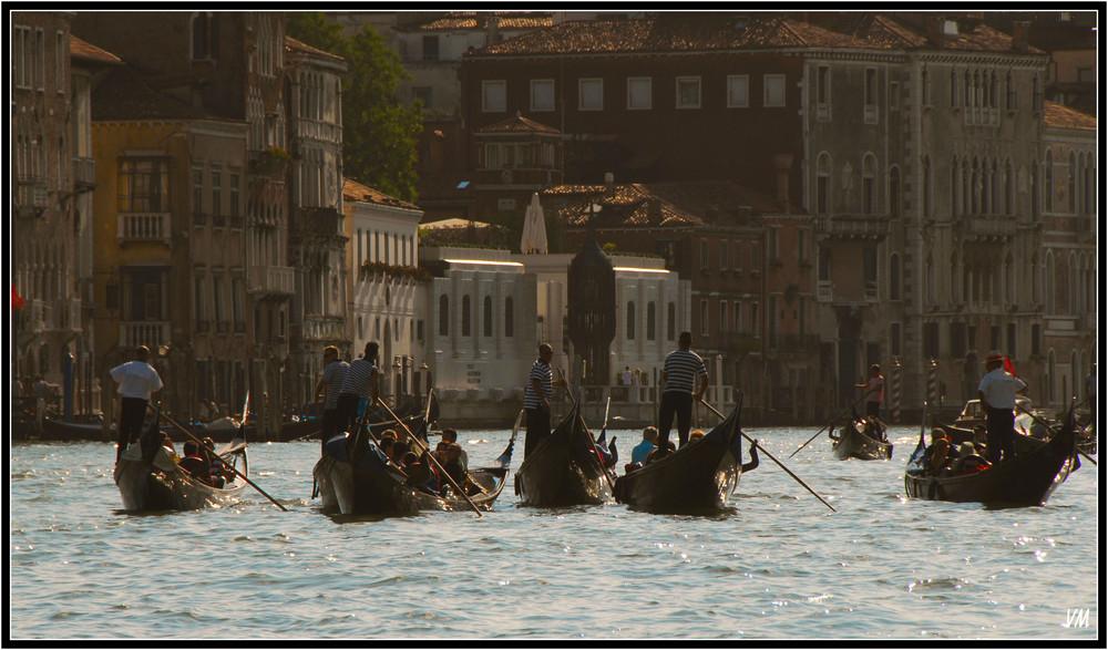 Balade en gondole sur le Grand canal...