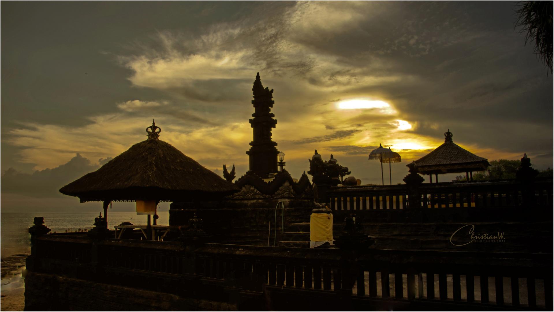 Bali bei Dämmerung