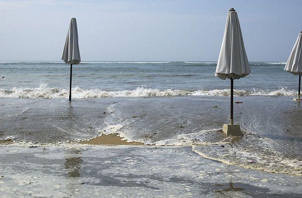 Bali: Ein Tsunami...