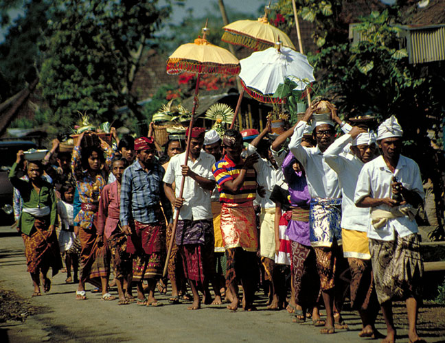 Bali, Prozession