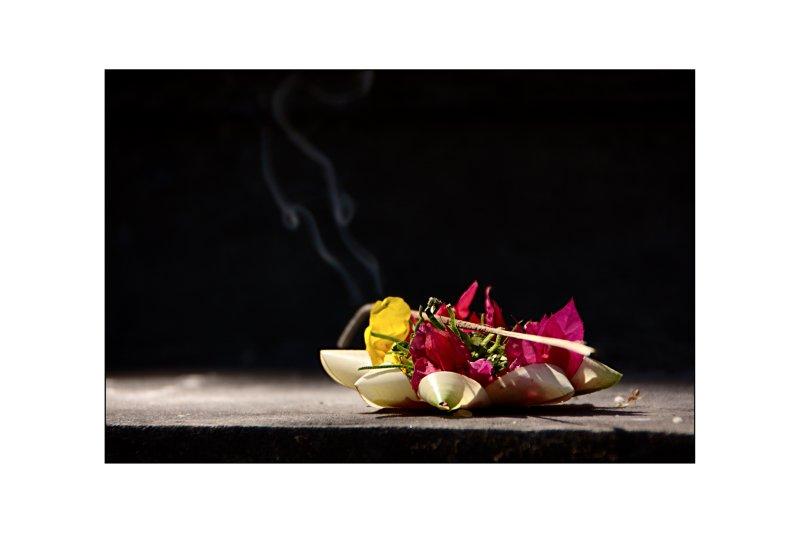 Balinesische Opferschale