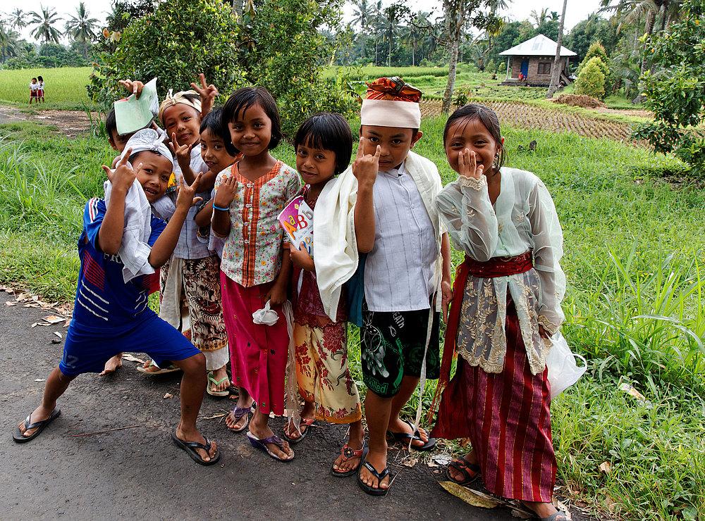 Bali`s Dorfkinder