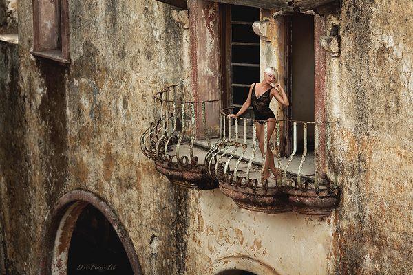** Balkon **