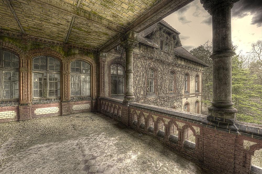 Balkon des Männersanatoriums in Beelitz