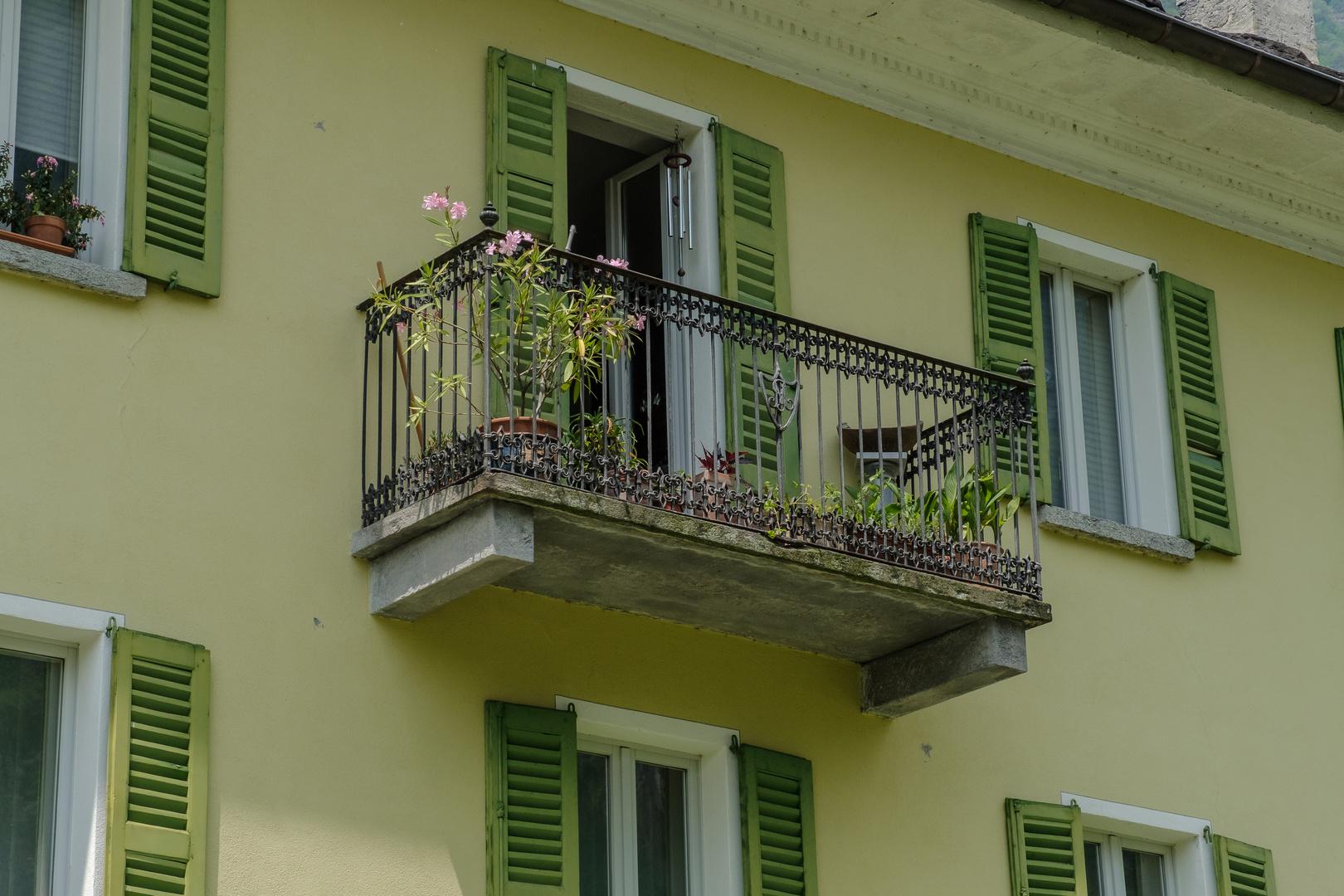Balkone im Tessin