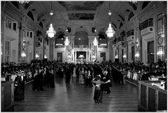 Ball in der Hofburg 2009 oder 1909?