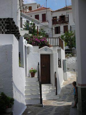 Ballade dans le village de Skopelos