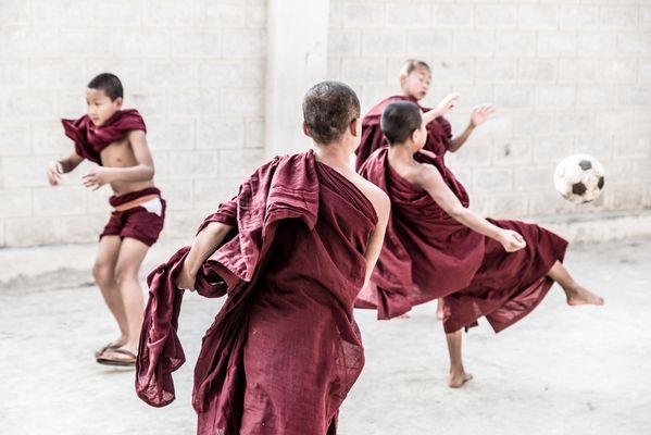 Ballett der Mönche