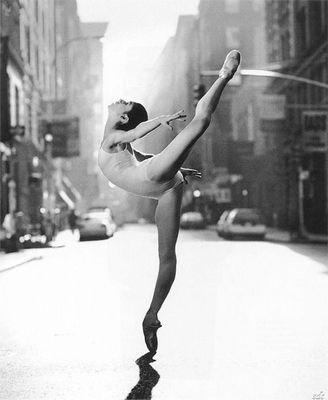 Balletttzänzerin für atemberaubende Aufnahmen gesucht!!!