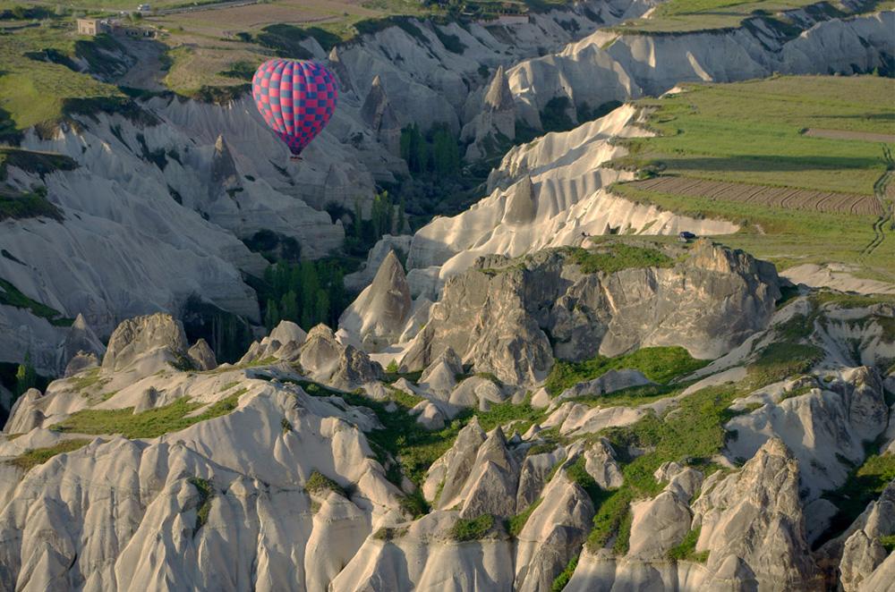 Ballon im Canyon