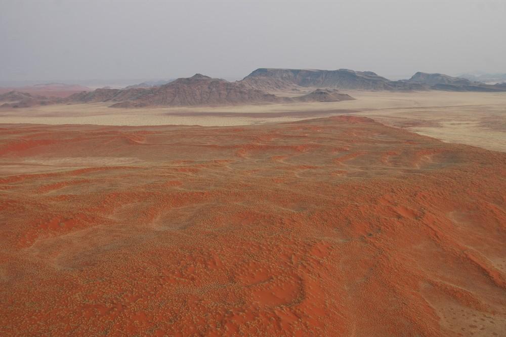Ballonfahrt über der Namibwüste