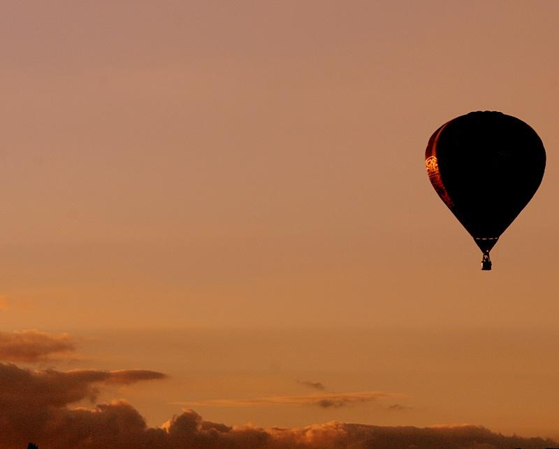 Balloon At Sundown