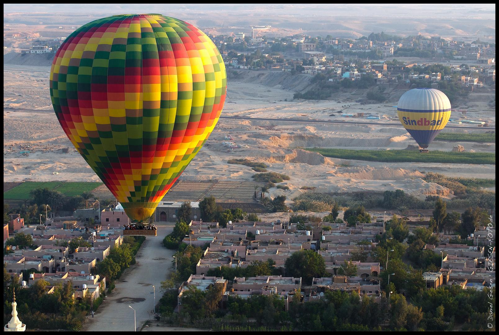 Balloons over Luxor 04, Egypt 2011