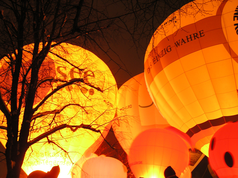 baloon night