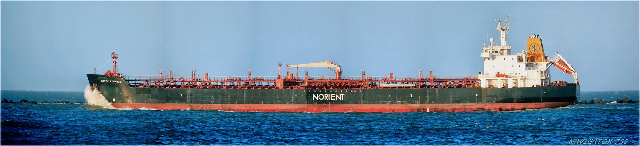 BALTIC ADVANCE /Crude Oil Tanker / Maasmond / Rotterdam / Bitte scrollen!