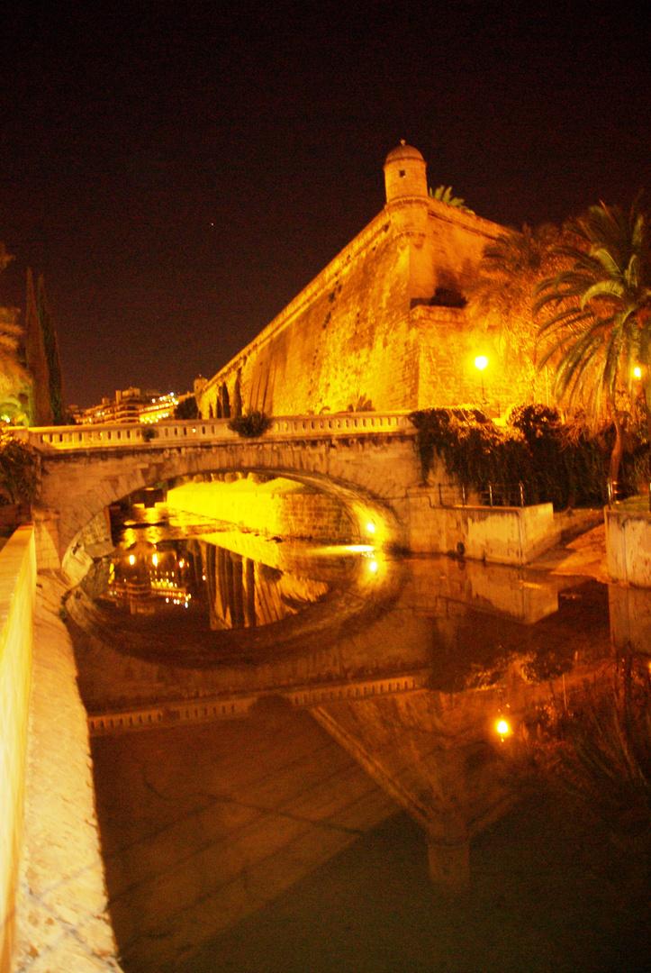 Baluart de San Pere Reflejos