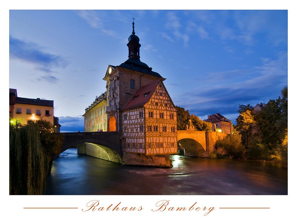 Bamberger Rathaus in der blauen Stunde