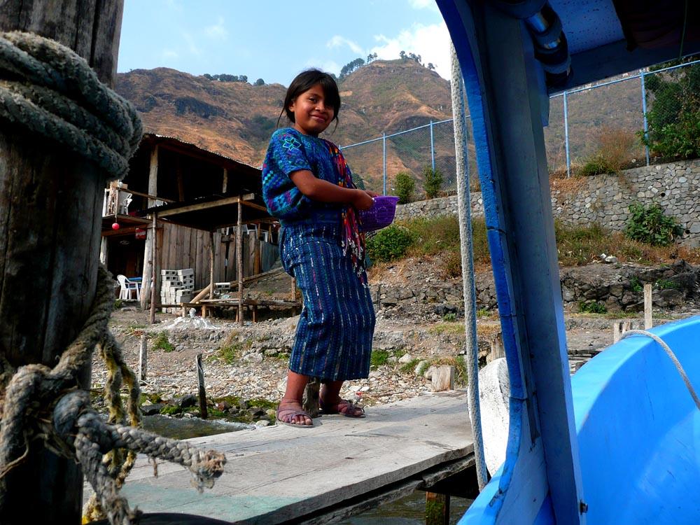 Bambina a Panajachel (Guatemala)