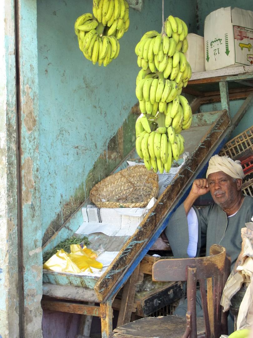 Bananenhändler auf dem alten Markt von Safaga