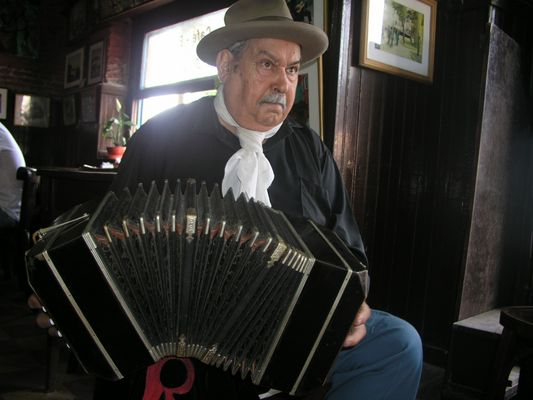 Bandoneon-Spieler