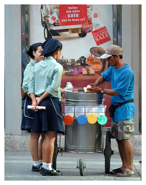 Bangkok People - Grand Sale