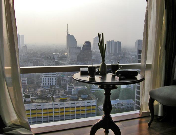 Bangkok, Zimmer mit Aussicht aus dem 29.Stock