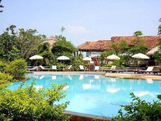 Bangksak Beach Resort