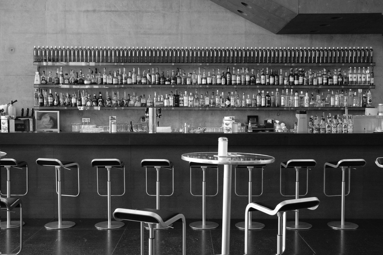 Bar am Vormittag