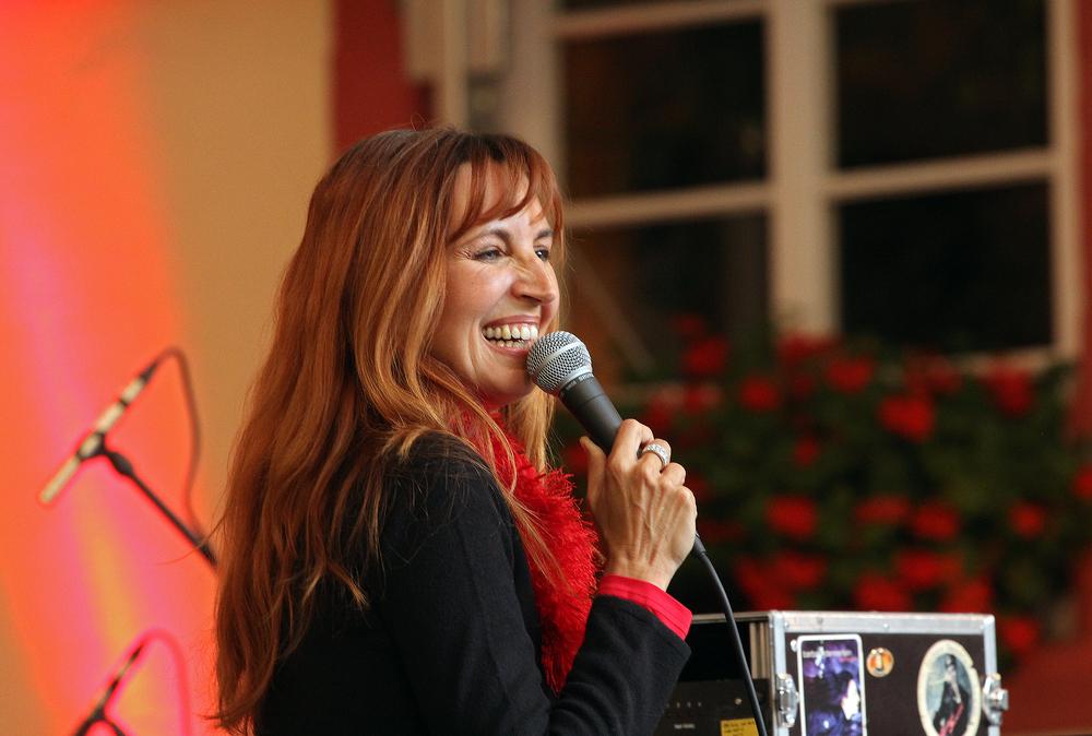 Barbara Dennerlein.......