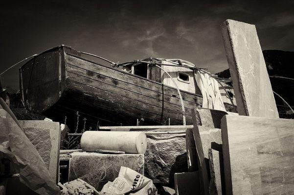 ...Barca arenata...