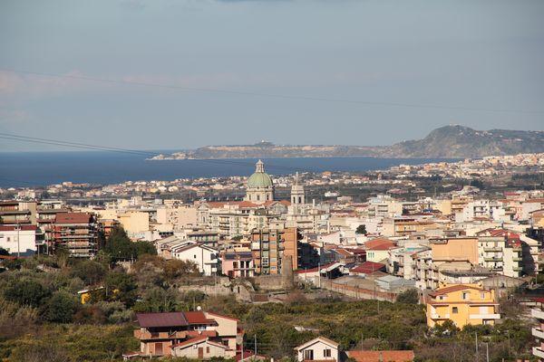 Barcellona PG sul golfo di Milazzo