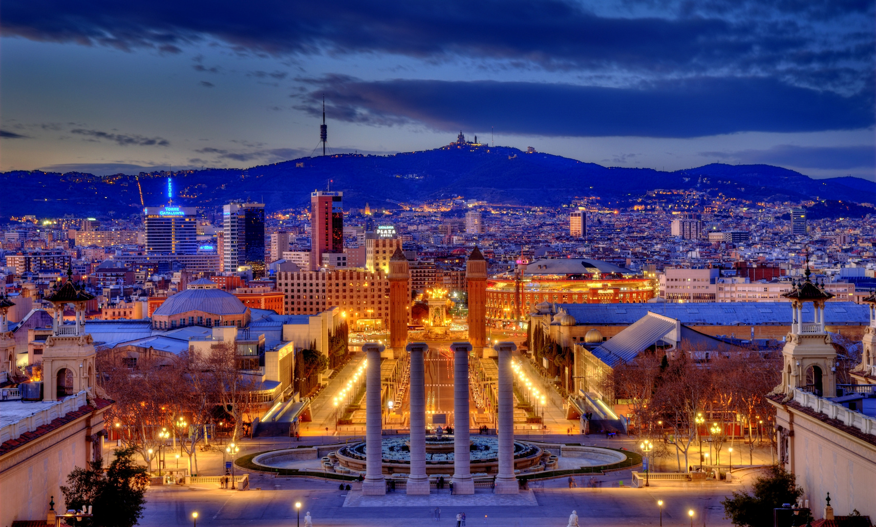 Barcelona - blaue Stunde