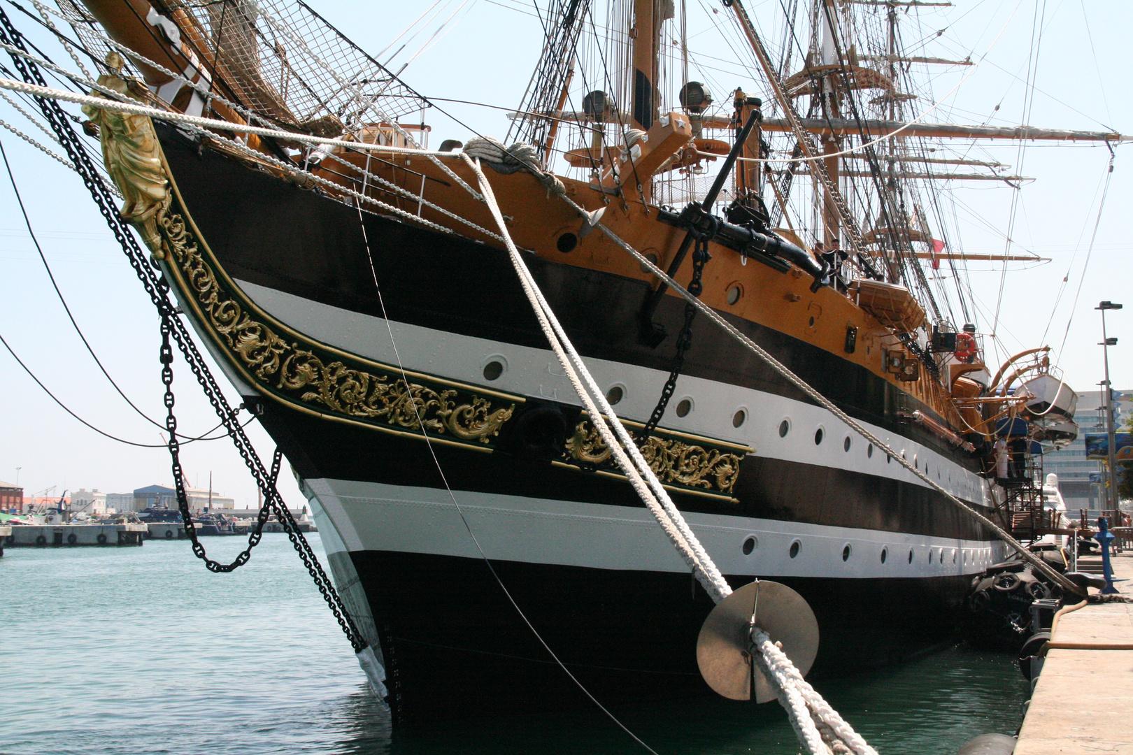 Barcelona -eines der schönsten Segelschulschiffe der Welt-