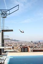Barcelona, Jump!