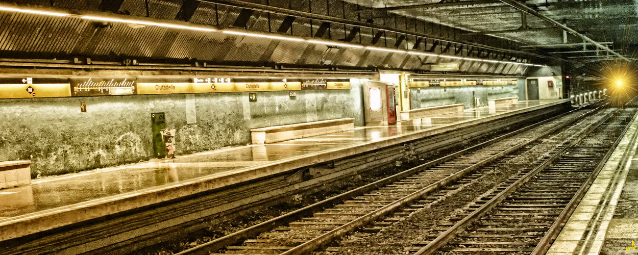 Barcelona Serie - Metro
