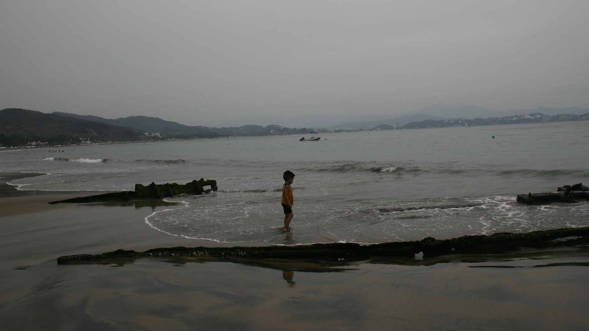 Barcos-undidos-cristinacobian-33años-CRSCO