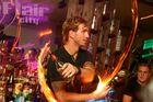 Barkeeper bei der Feuershow