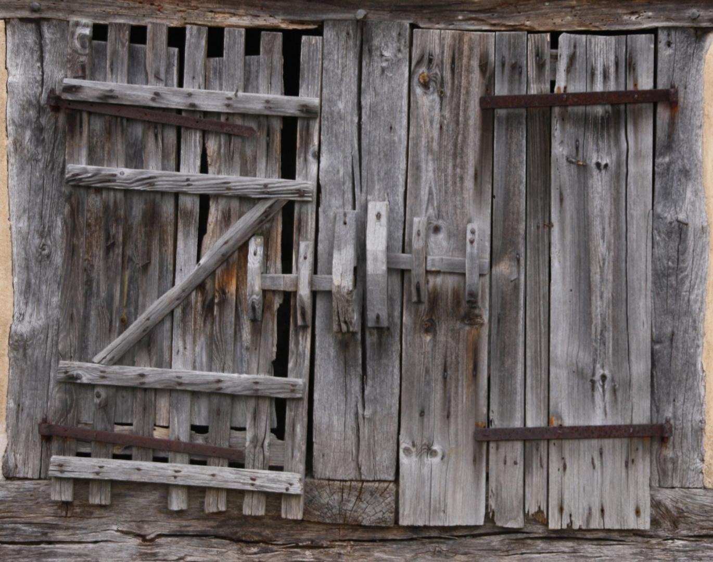 Barnhouse Hideaway Door
