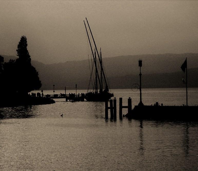 """barque """"La SAVOIE """"sur le lac LEMAN"""