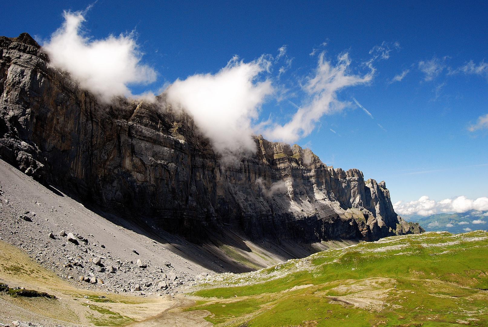 barriere rocheuse des fiz (alpes)