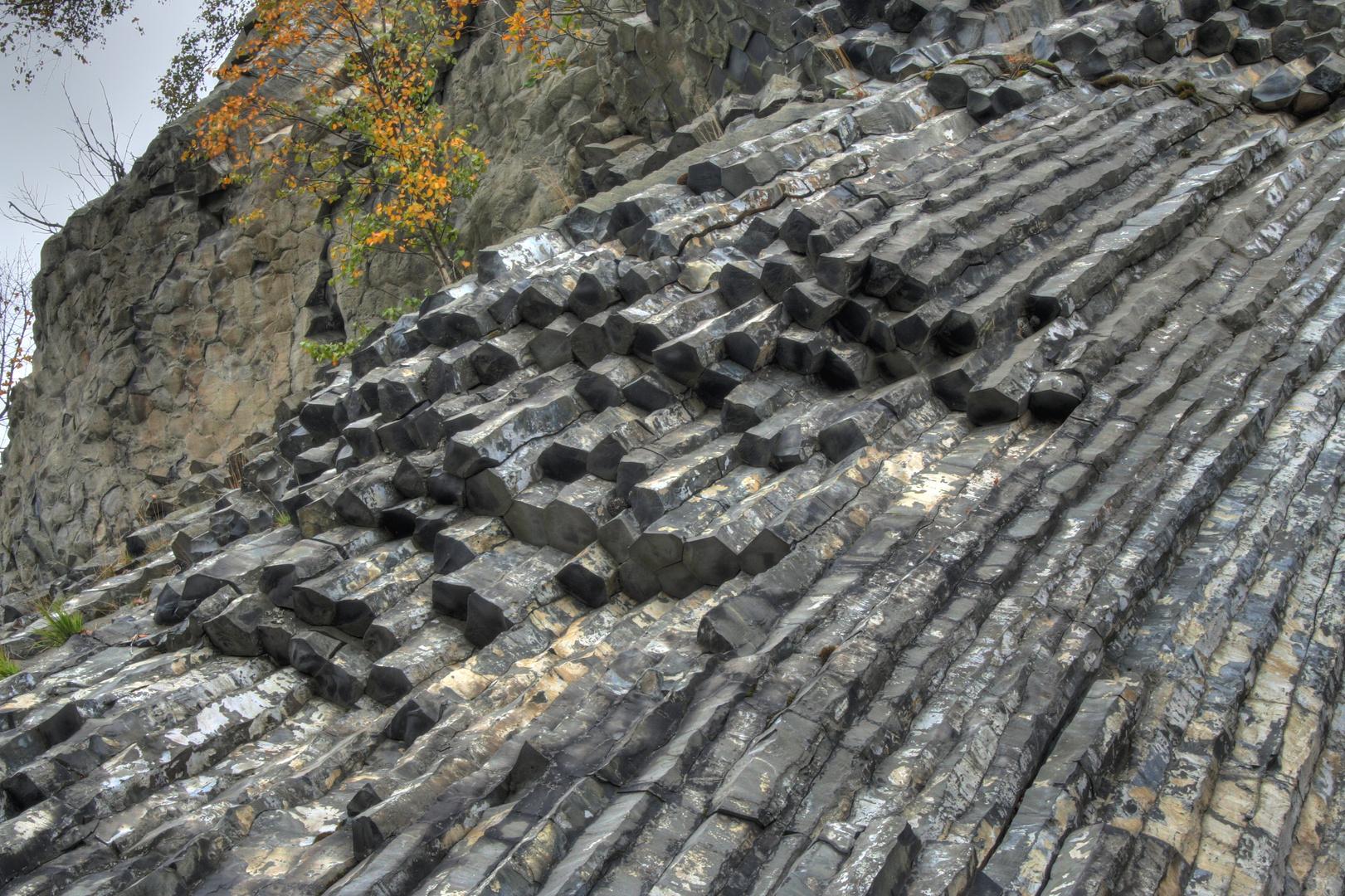 Basaltsäulen am Zlaty Vrch