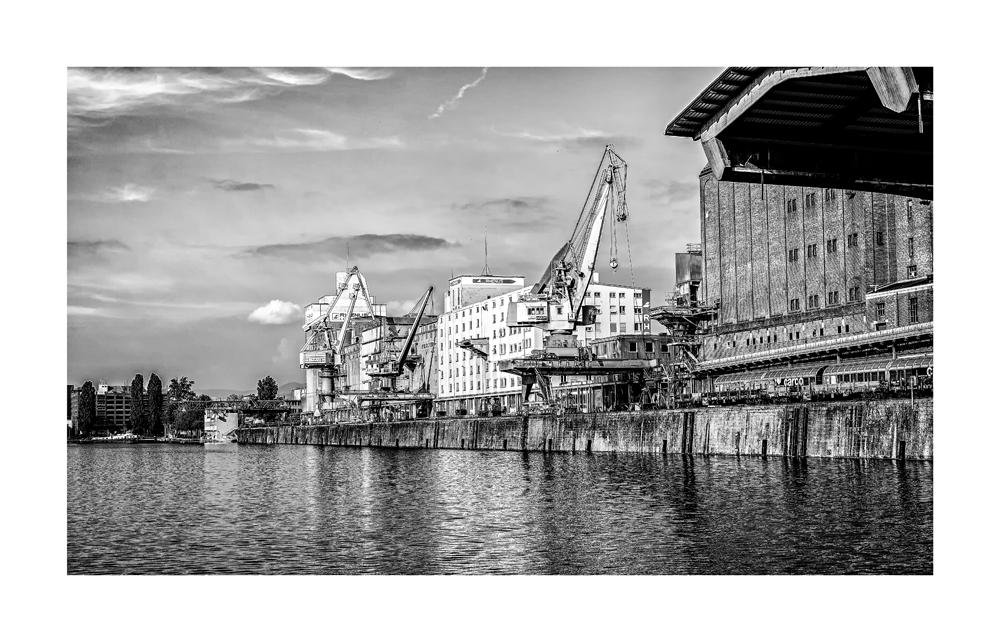 Basel Hafen 3