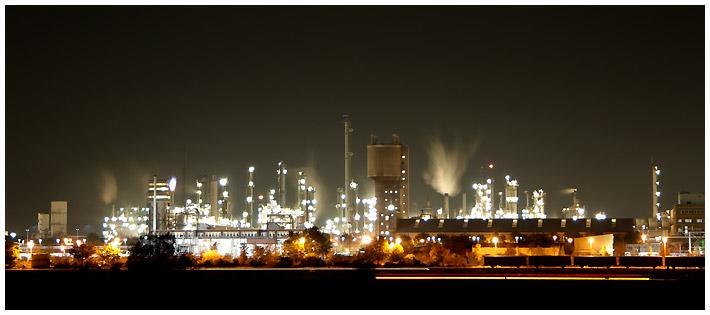 BASF bei Nacht V